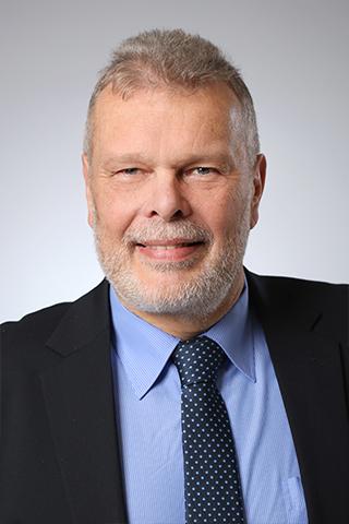 Portrait Dr.-Ing. Peter Samulat